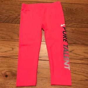 Nike Dri-Fit Girls Leggings. NWT